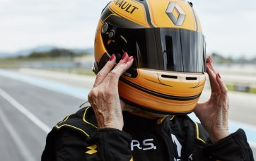 Renault F1 – The Ultimate Test Drive